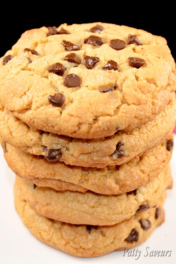 cookies au beurre de cacahu te et chocolat. Black Bedroom Furniture Sets. Home Design Ideas