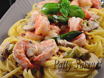 Linguine, Shrimp and Asparagus, Creamy Sauce petite