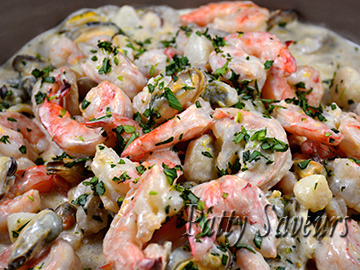 shrimps and mixed seafood creamy tarragon sauce